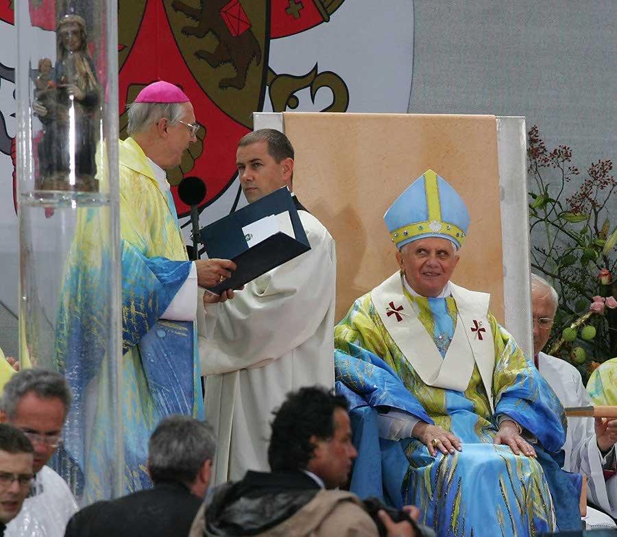 Messgewand Papst Benedikt XVI 1